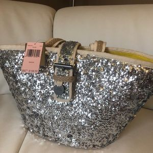 Handbags - New with Tags Beach tote
